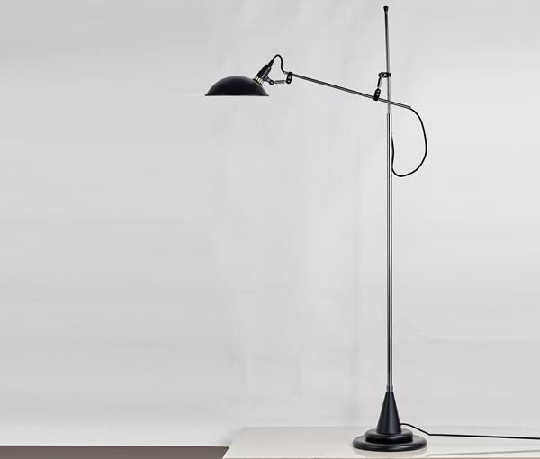 加多代简约不锈钢设计感落地灯