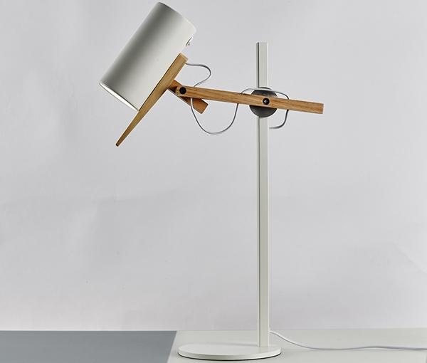加多代设计师简约现代台灯