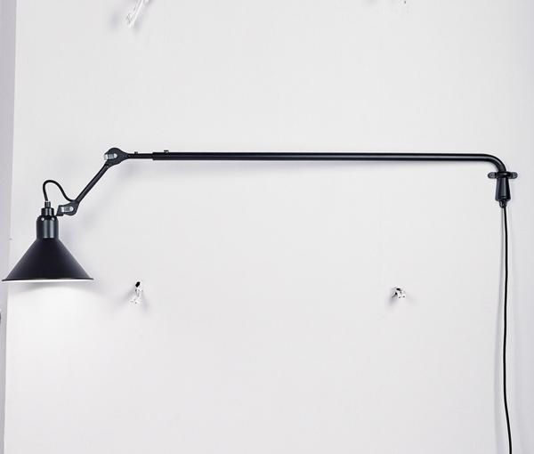 加多代简约后现代三角大伸缩壁灯
